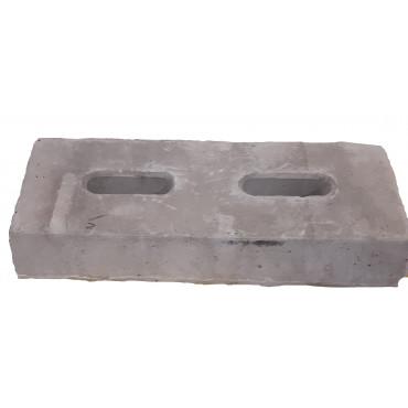 MST12634: Concrete foundation block, included bracket for installation foundation block on mast